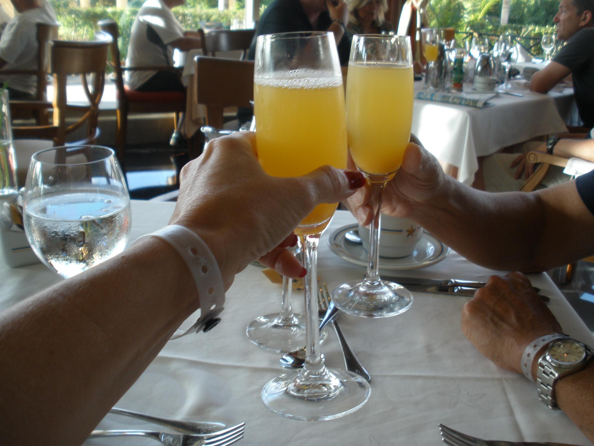 Lotsa Lobster-Breakfast, Lunch and Dinner | Iberostar ...