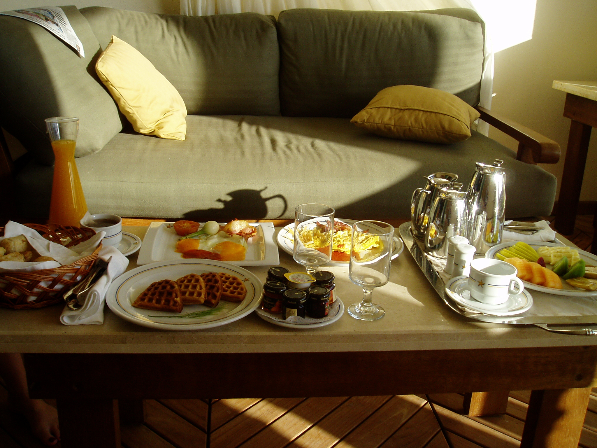 Room Service: Room Service Breakfast And The Secret Menu For Lunch